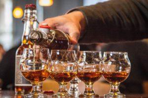 service de whisky